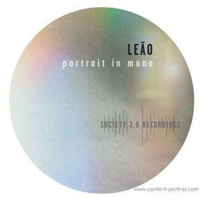 Leao - Portrait in mono